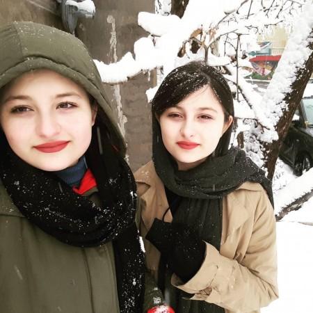 تک عکس های زیبا سارا و نیکا فرقانی اصل , عکس سارا و نیکا در برف