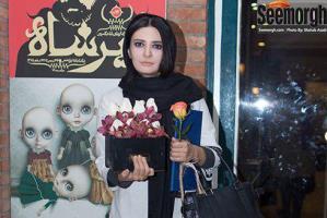 مدل مانتو لیندا کیانی، رویا نونهالی و عاطفه رضوی در پشت صحنه تئاتر کابوس حضرت اشرف